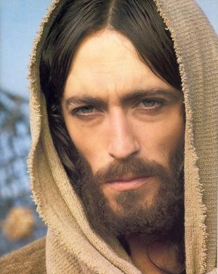 Jesus faz gritar o mal que vive em nós