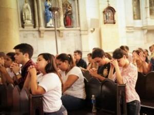 A Igreja confia nos jovens e precisa deles, destaca Papa