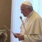 Responder à indiferença com solidariedade, pede Papa