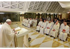 Papa Francisco: a fé è dom do Espírito Santo transmitido sobretudo pelas mulheres