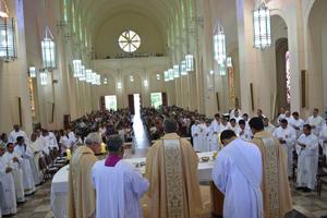 Missa solene marca 99 anos da Diocese de Guaxupé