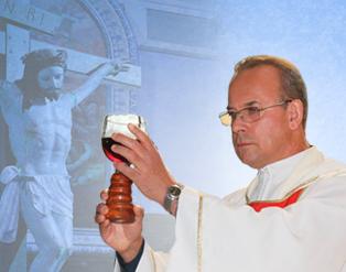 Dia 30 de dezembro acontecceu a missa solene dos 25 anos de sacerdócio de Padre Heraldo