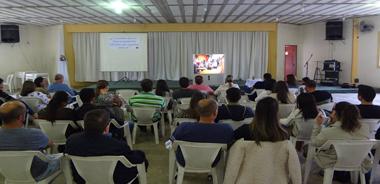 Pastoral dos noivos realiza reencontro com casais da paróquia SCJ