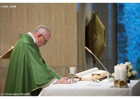 """Papa: """"Evangelizar não é se vangloriar, mas testemunhar a fé com a vida"""""""