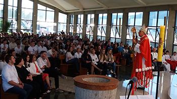 Dom José Lanza preside a Crisma de 67 jovens da paróquia SCJ