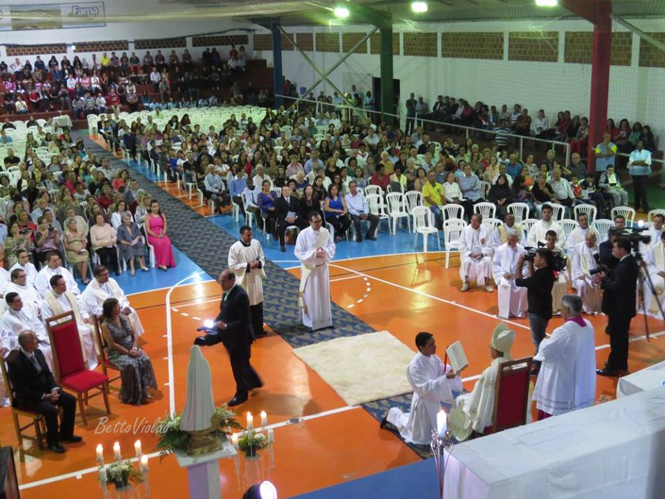 Jeremias Nicanor é ordenado padre dia 13 de maio em Fama - MG