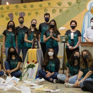 Dia Nacional da Juventude é marcado pela participação dos jovens na paróquia Sagrado Coração de Jesus